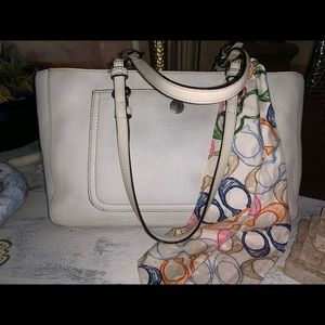 Coach purse ( medium size ) 14x8